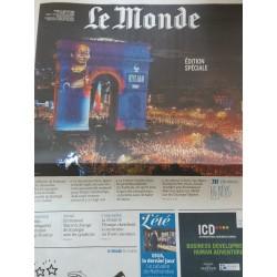 Newspaper Le Monde France:...
