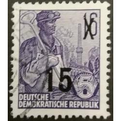 DDR stamp: 15 Pfennig 1954