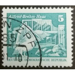 GDR stamp: Zoo House Alfred...