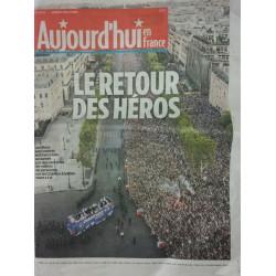 Periódico Le Parisien : Le...
